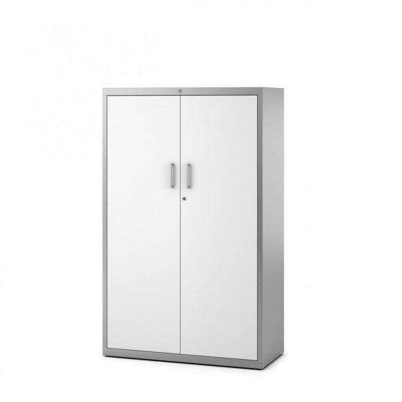 Armario lato metalico con puertas batientes.